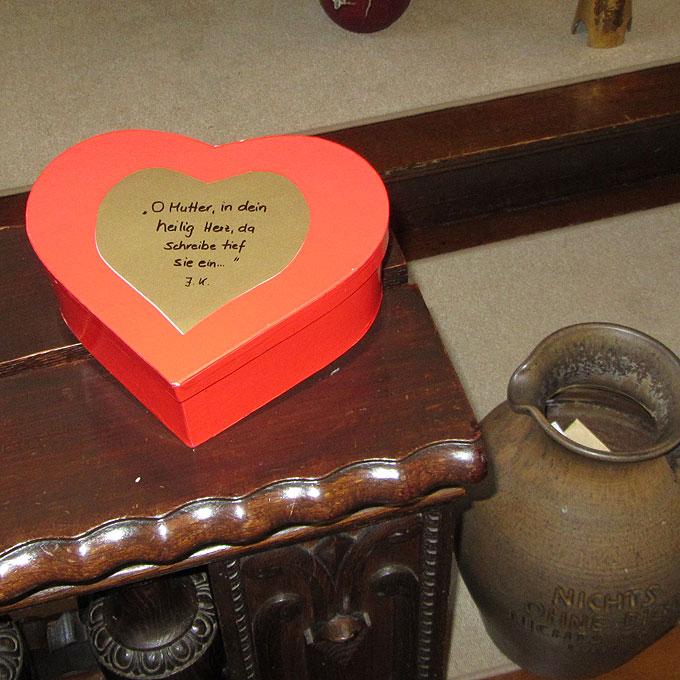 Im Herzen Gottes geborgen ... ins Herz Marias eingeschrieben (Foto: SAL)