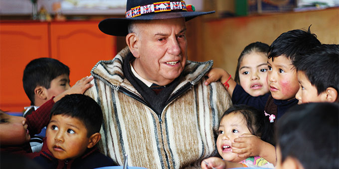 Pfarrer Josef Neuenhofer arbeitet seit fast 28 Jahren für Kinder und Jugendliche in Bolivien (Foto: Förderverein Arco-Iris)