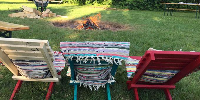 … doch am Ende haben alle einen tollen selbstgebauten und gestalteten Stuhl für die Lagerfeuerrunde (Foto: SchoenstattMJF Fulda)