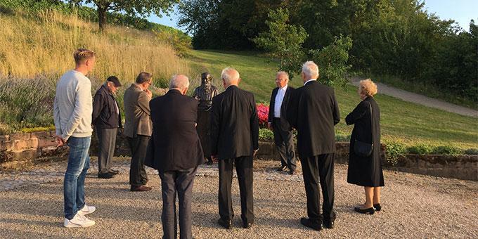 Nur eine kleine Gruppe konnte sich zum 50. Jubiläum der Gründung des Josef-Kentenich-Institutes in Oberkirch versammeln (Foto: Schulze)