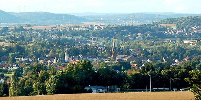 In Heusweiler, Saarland, wird eine Straße nach Charlotte Holubars, einer Frau von Schönstatt, benannt (Foto: H.Hei52, wikimedia.org, CC BY-SA 3.0)