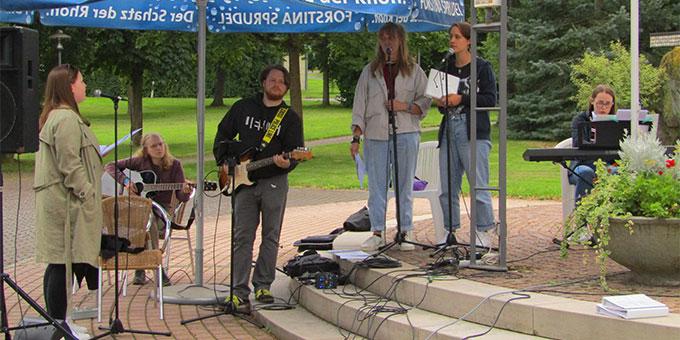 """Gute Musik von der """"NdH-Band"""" (Foto: Poppe)"""