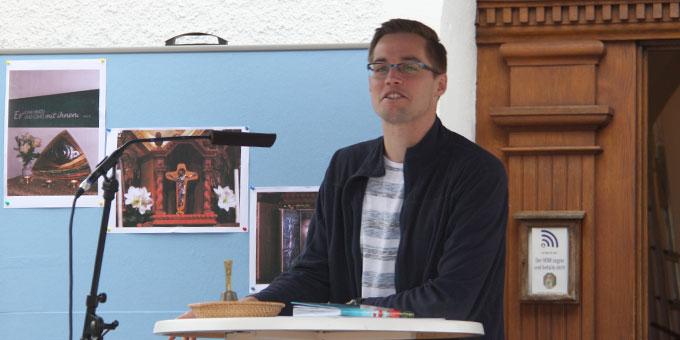 Moderator Steffen Büdel führte durch die Feier (Foto: Poppe)