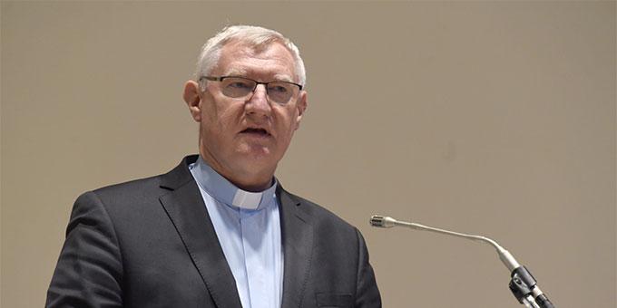 """""""Veränderungen geschehen lassen und gestalten"""" war Thema des Abschließenden Impulsvortrages von Pater Ludwig Güthlein  (Foto: Klaus Kröper)"""