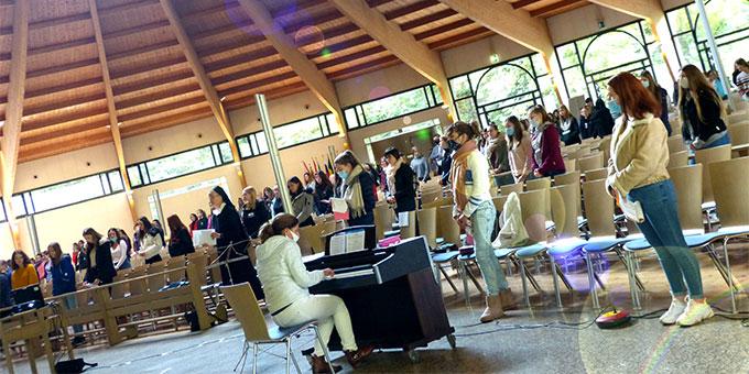 Festgottesdienst in der Pilgerkirche zum 75. Schuljubiläum der Schönstätter Marienschule (Foto: Bleyenberg)