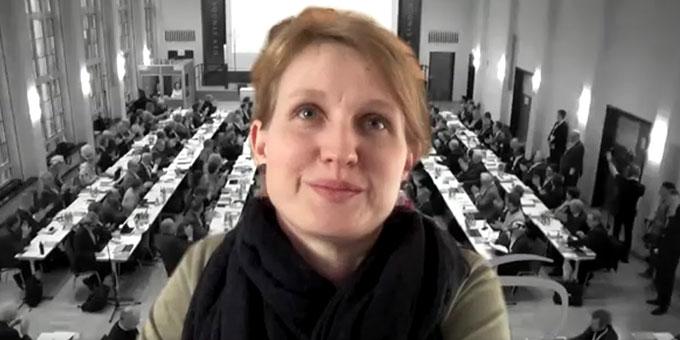 Steffi Hoffmann berichtet über ihre Erfahrungen beim Synodalen Weg (Foto: Brehm)