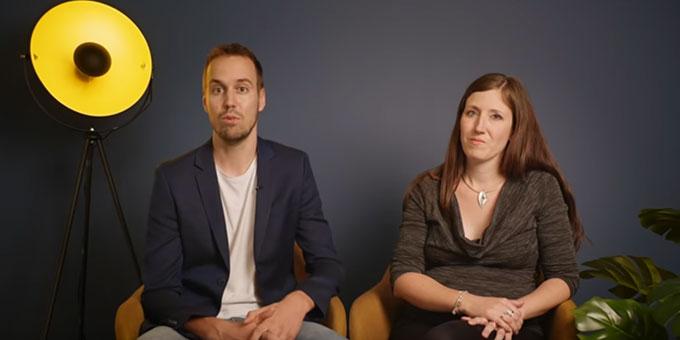 """Die Eheberater Manuela und Marc Bareth aus der Schweiz sprechen über ihr ungewöhnliches Konzept von """"Mehrlichkeit"""" in der Ehe (Foto: Videoauszug marriageweek.de)"""