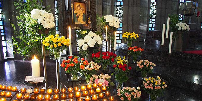 Rosen-Maialtar 2020 in der Krönungskirche Liebfrauenhöhe (Foto: SAL)