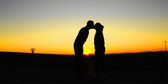 Einladung zum ökumenischer Wortgottesdienst für Ehepaare mit Paarsegnung (Foto: Mylene1971, pixabay.com)