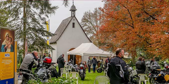 Saisonauftakt für Motorradbegeisterte mit einer Fahrt zum Trierer Schönstatt-Heiligtum (Foto: W. Raab)