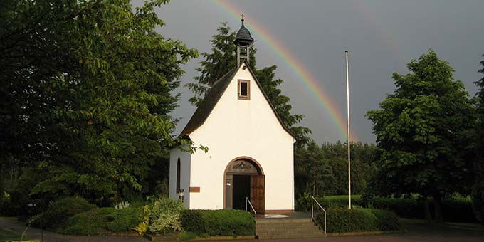 Mainzer Schönstattfamilie lädt zur Umbettung von Monsignore Werner Krimm ans Heiligtum der Werktagsheiligkeit in Rodgau-Weiskirchen ein (Foto: Brantzen)