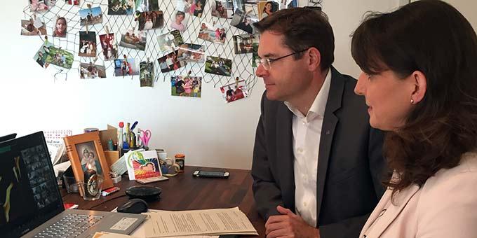 Ehepaar Glöggler während einer Online-Meeting Phase des Forums Amoris Laetitia (Foto: privat)