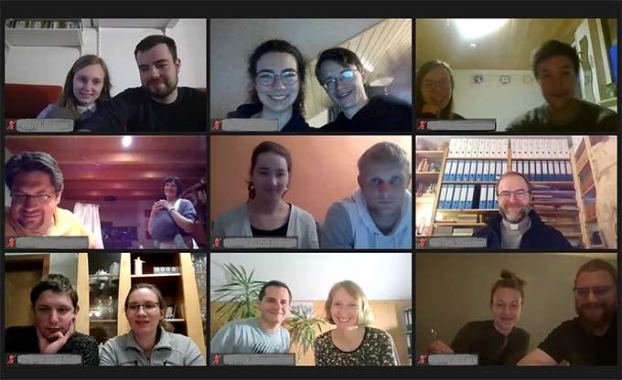 Teilnehmerinnen und Teilnehmer, Referentinnen und Referenten (Foto: Matt)