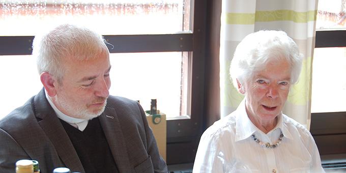 Pater Czysch konnte sein Jubiläum im Beisein seiner Mutter feiern (Foto: Brehm)