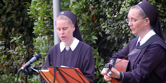 Musikalische Gestaltung durch Schwestern der Schönstatt-Pilgerzentrale (Foto: Brehm)
