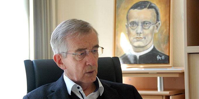 Pater Dr. Heribert Niederschlag SAC im Interview anlässlich des Gedenkens an Pater Franz Reinisch SAC (Foto: Brehm)