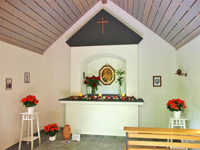 Die Kapelle ist immer zum Gebet geöffnet (Foto: Hosters)