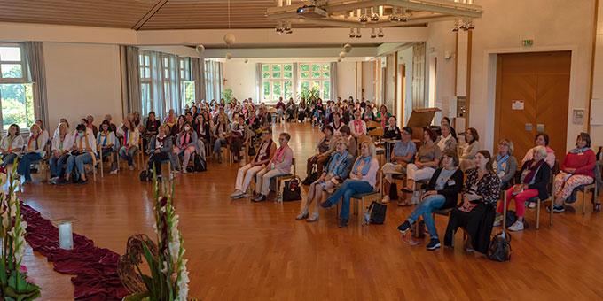 """An den beiden Terminen des """"Frauenkongress deutschlandweit"""" im Schönstatt-Zentrum Liebfrauenhöhe, Diözese Rottenburg-Stuttgart, nahm eine große Zahl von Frauen teil (Foto: Cyganik)"""