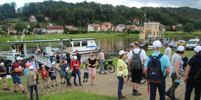 Ausflug an der Elbe beim FamilienurlaubPLUS in der Sächsischen Schweiz (Foto: Miller)