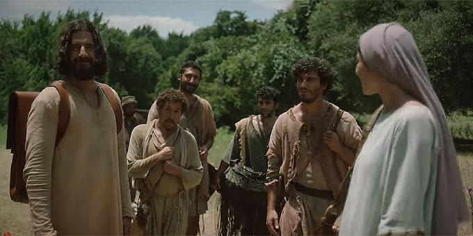 """Jesus sammelt seine Jünger (Foto: Szenenbild aus """"The Chosen"""")"""
